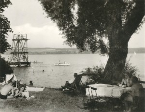 Strandbad Utting 1953 mit Sprungturm